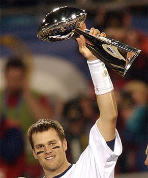 51d011bdb1c46cce_brady_super_bowl_trophy