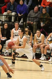 Rachel Norton has guided the Polar Bears to eight-straight wins this season. (PHOTO CREDIT: Brian Beard/CIPhotography.com)